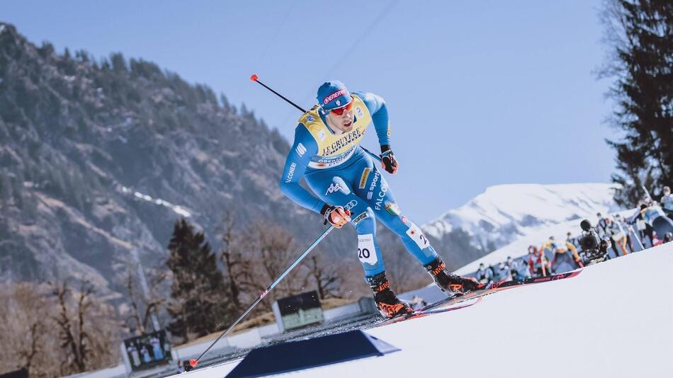 Уважаемые болельщики! Напоминаем, что до 7 марта идёт Чемпионат мира по лыжным гонкам.