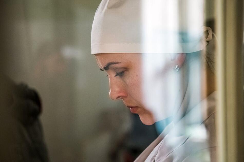 Смотрим на Первом новый сериал «Спросите медсестру»