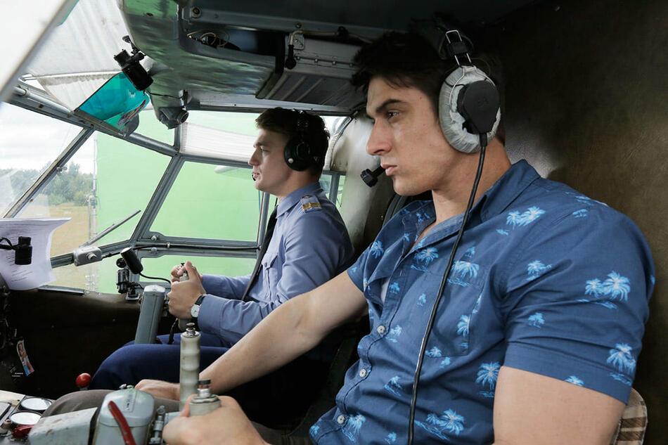 С 28 июня смотрим на Первом историю о судьбе двух друзей-летчиков из Сибири